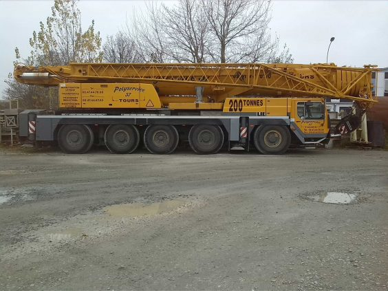 Grue de manutention Polysersice 37
